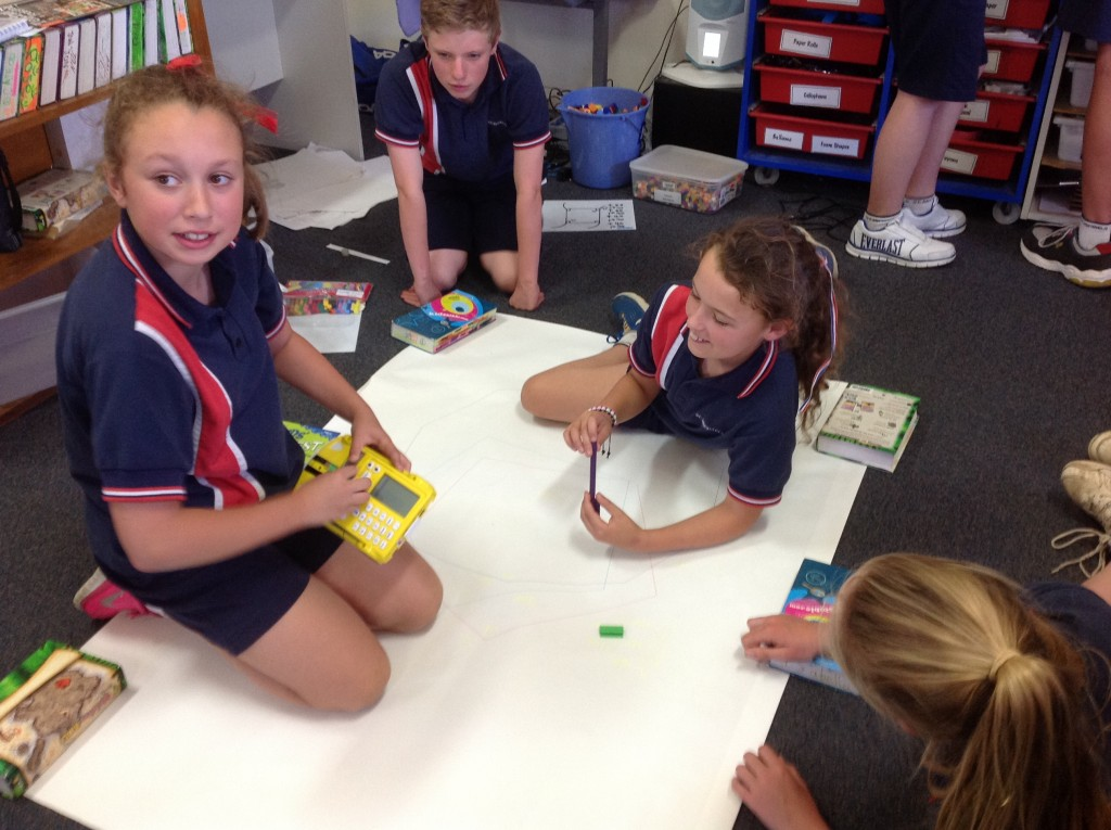 Yr6 - Programming Pro-Bot to draw shapes